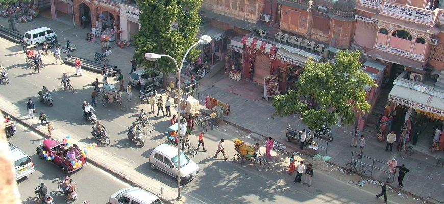 תמיד יש הפתעות ברחובות הודו – תהלוכה בג'יפור