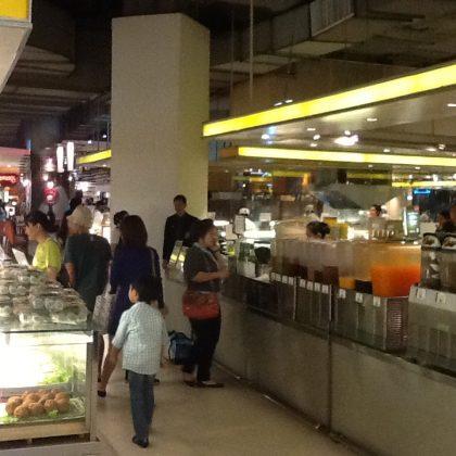 מרכזי אוכל בבנגקוק ככה טעים (Aroy ) וככה זול